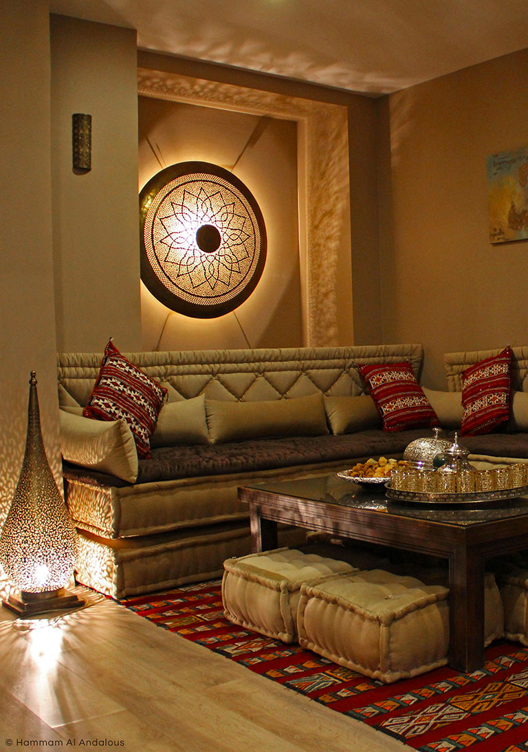 Ambiance cocooning du salon marocain